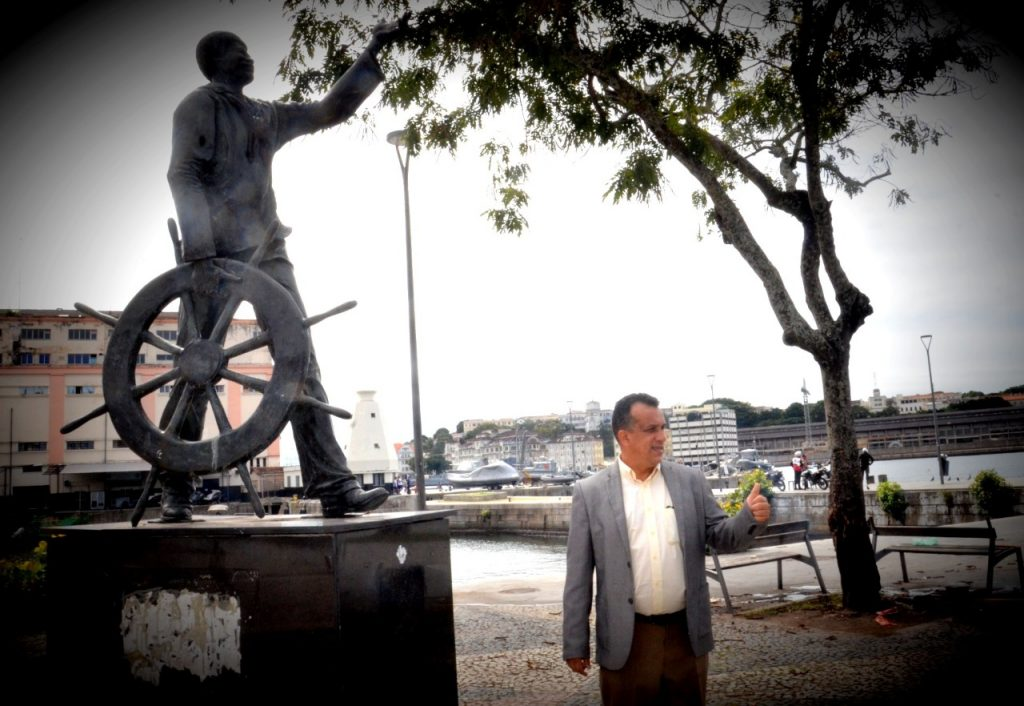Sem a Política não conseguiremos Avançar !!! O Exemplo do Marinheiro João Candido e o Suboficial Bonifácio.