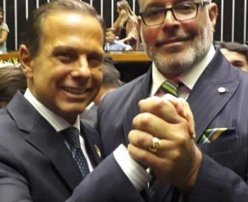 Deputado Federal Alexandre Frota, ACUSA Presidente Jair Bolsonaro de Corrupto. Em 2022 esse Deputado não será ELEITO !!!