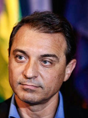 A compra de 200 Respiradores Fantasmas por R$ 33 milhões virou um pesadelo para o Governo de Santa Catarina. Impeachment a Vista !!!
